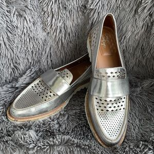 Crown Vintage Miaa Silver Perforated Loafer